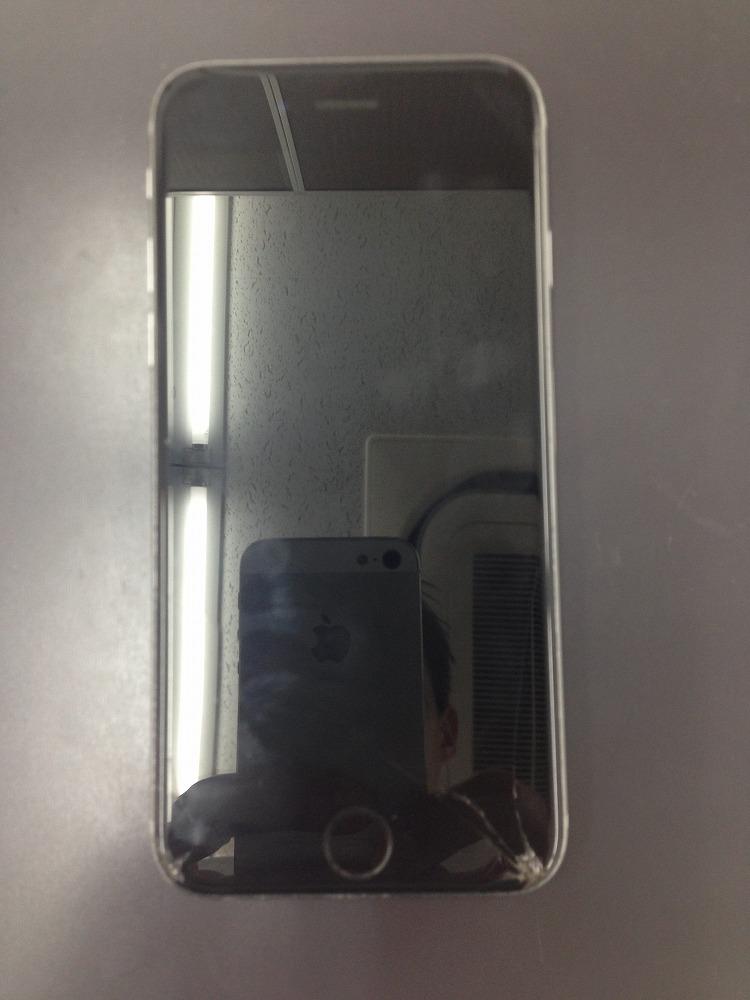 iPhone6s画面交換修理 修理前