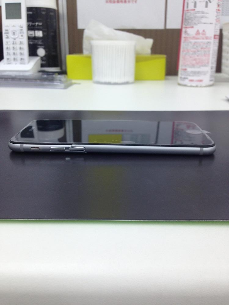 iPhoneフレーム歪み