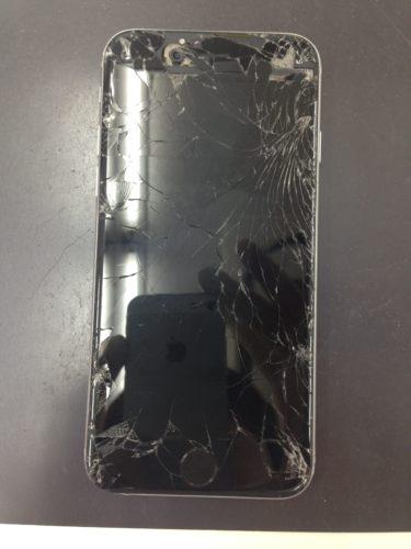 iPhone6バキバキ