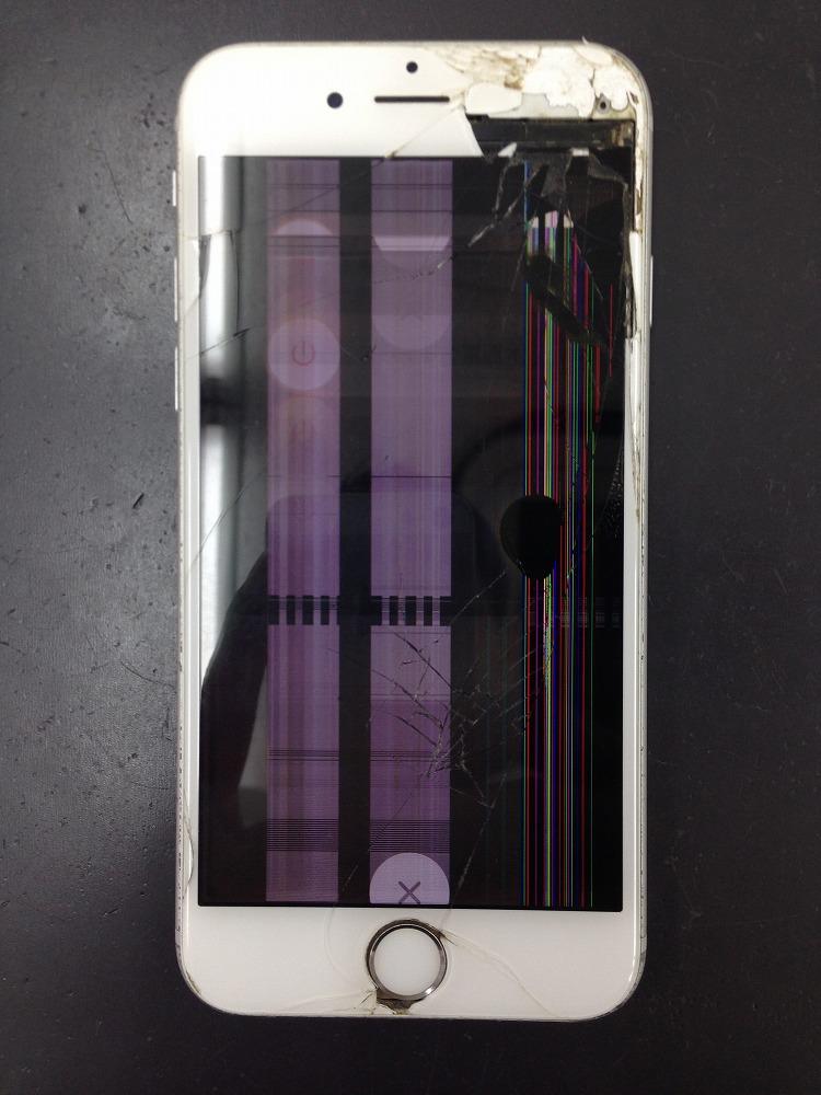 iPhone6s液晶壊れた