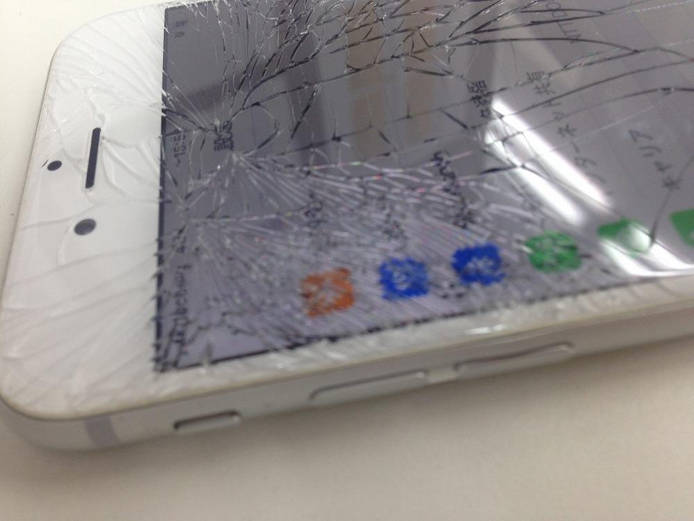 iPhone6画面バリバリ