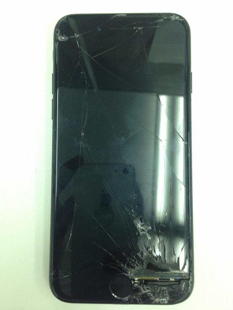iPhone7ガラス液晶交換前