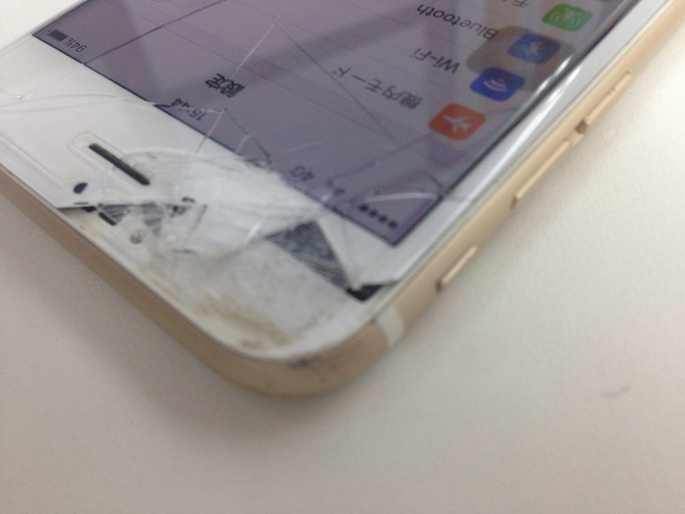 iPhone6sガラスボロボロ