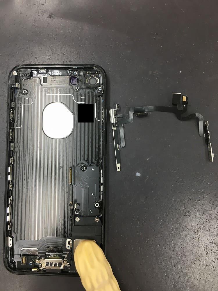 iPhoneボリュームボタン交換