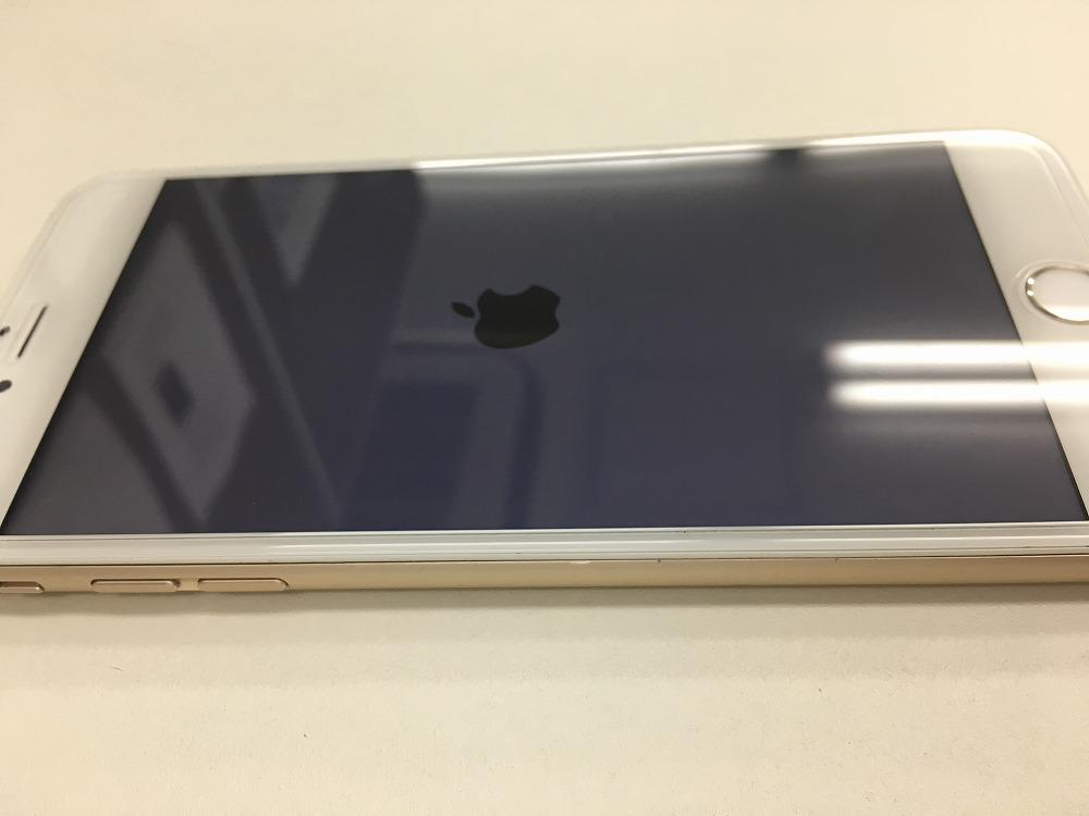 iPhone6Plusバッテリー交換後パネル浮き無し