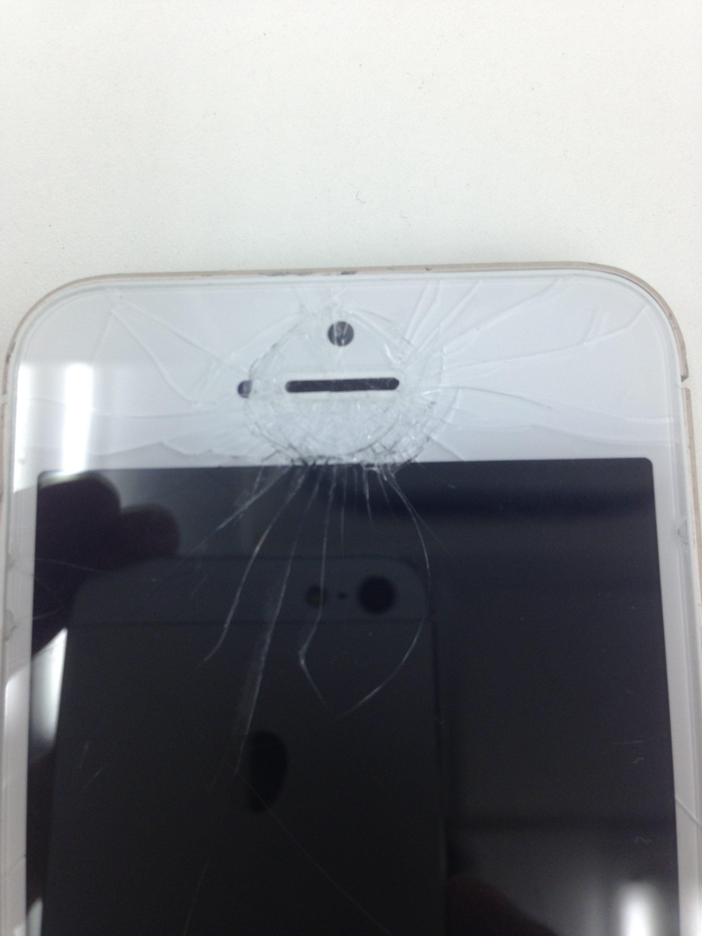 アイフォン5s画面交換前2