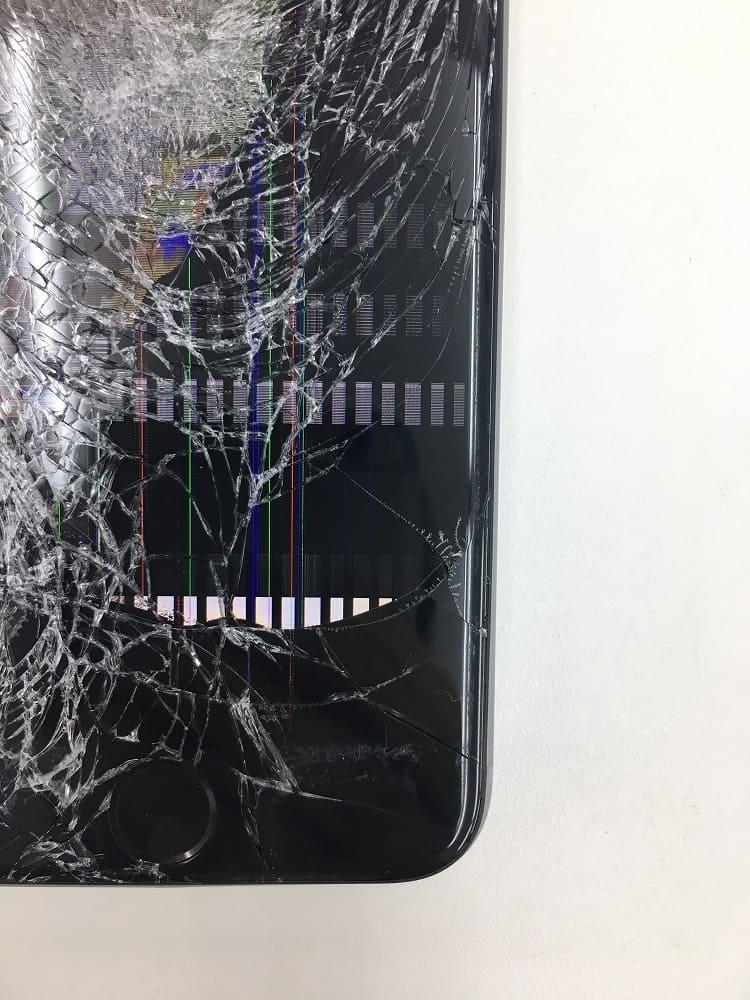 iPhone7ガラスバリバリ