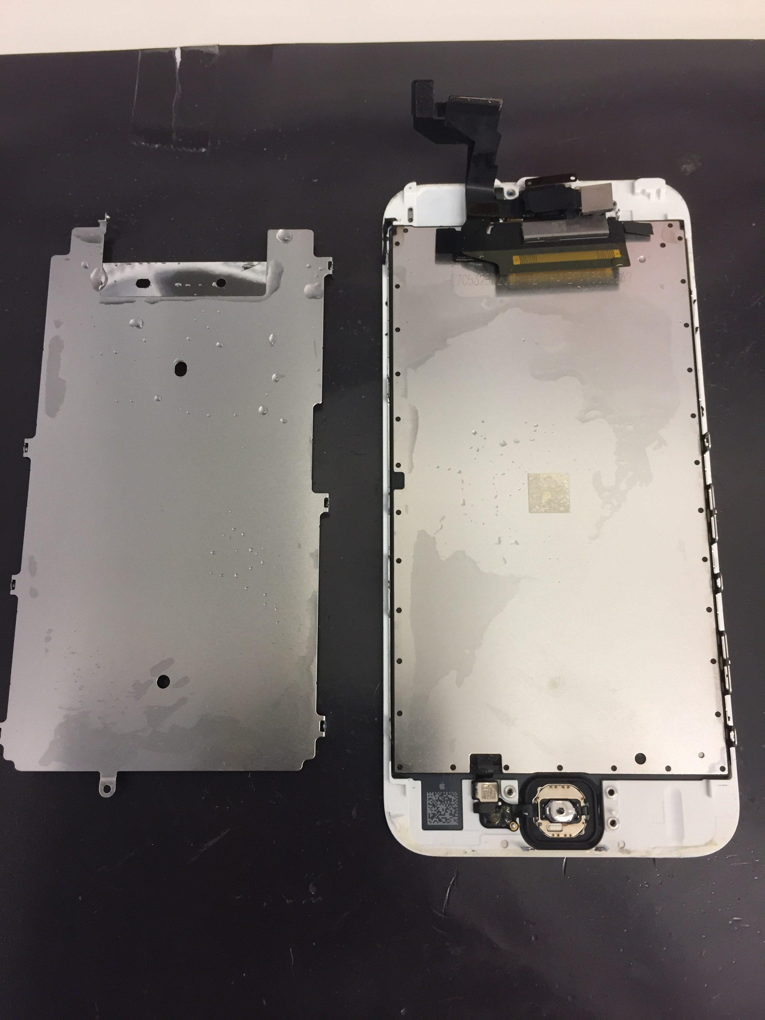 iPhone6s内部びしょびしょ