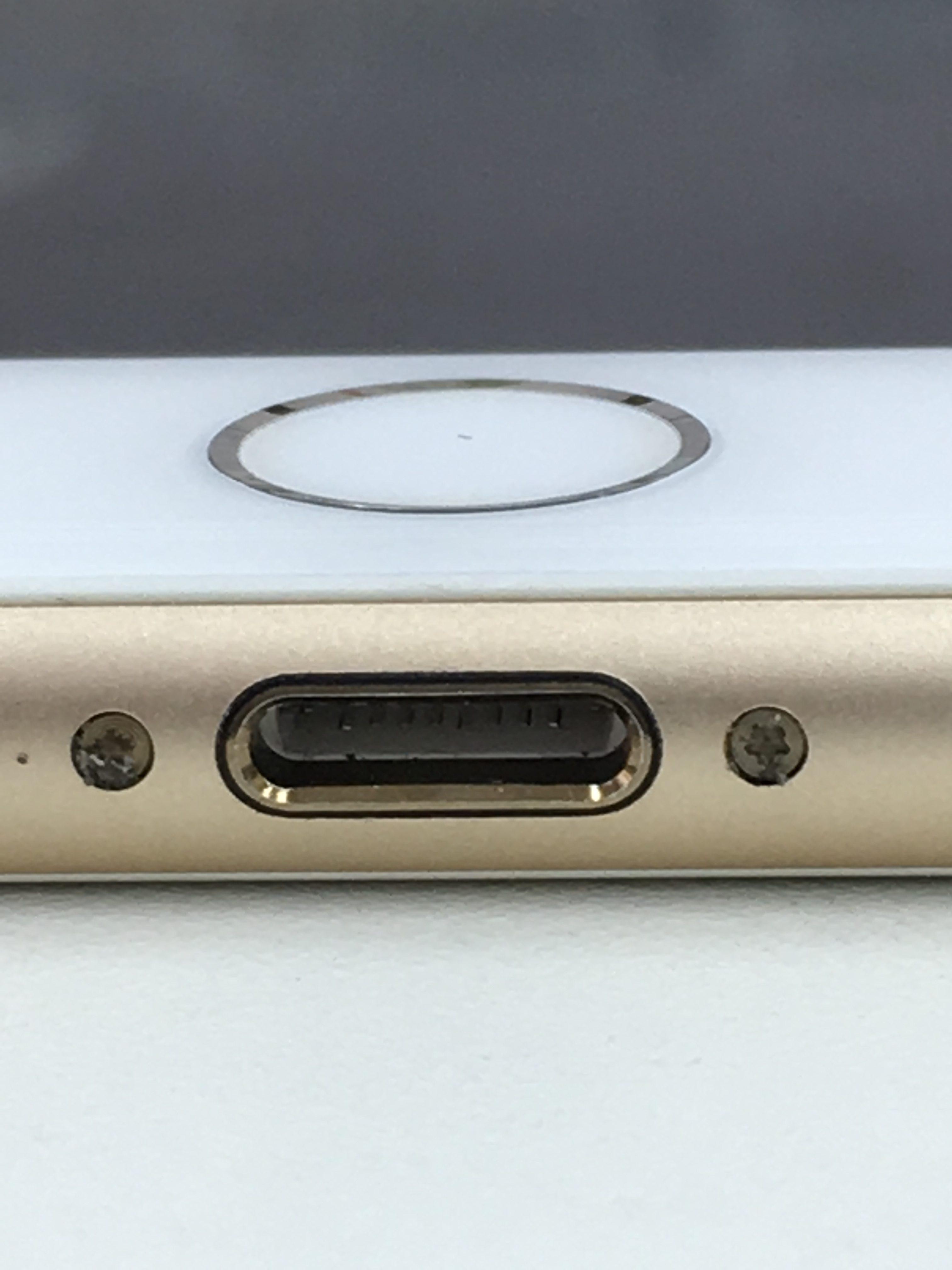 iPhone7Plus充電口交換後