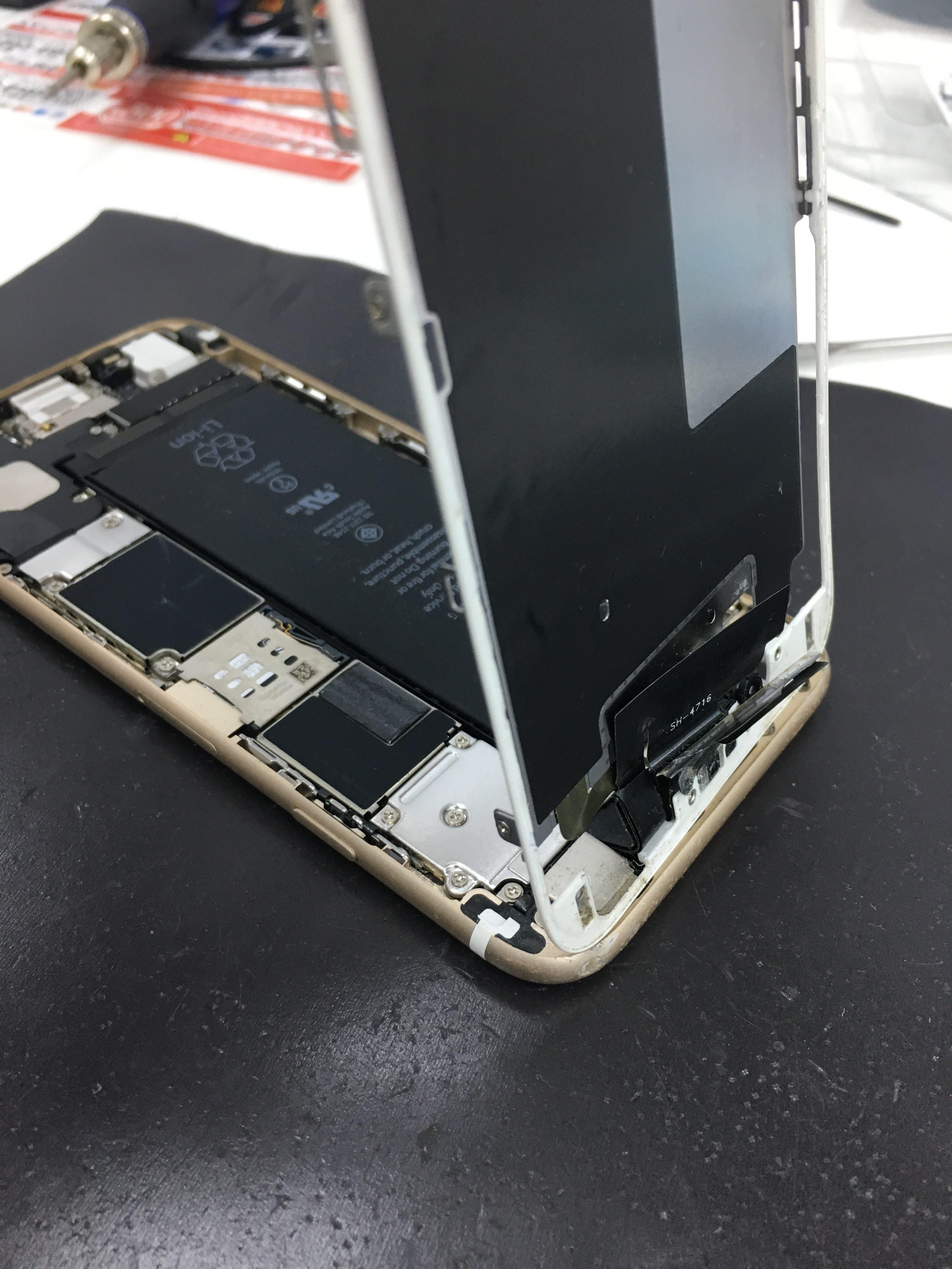 iPhone6パネルに液晶が無い