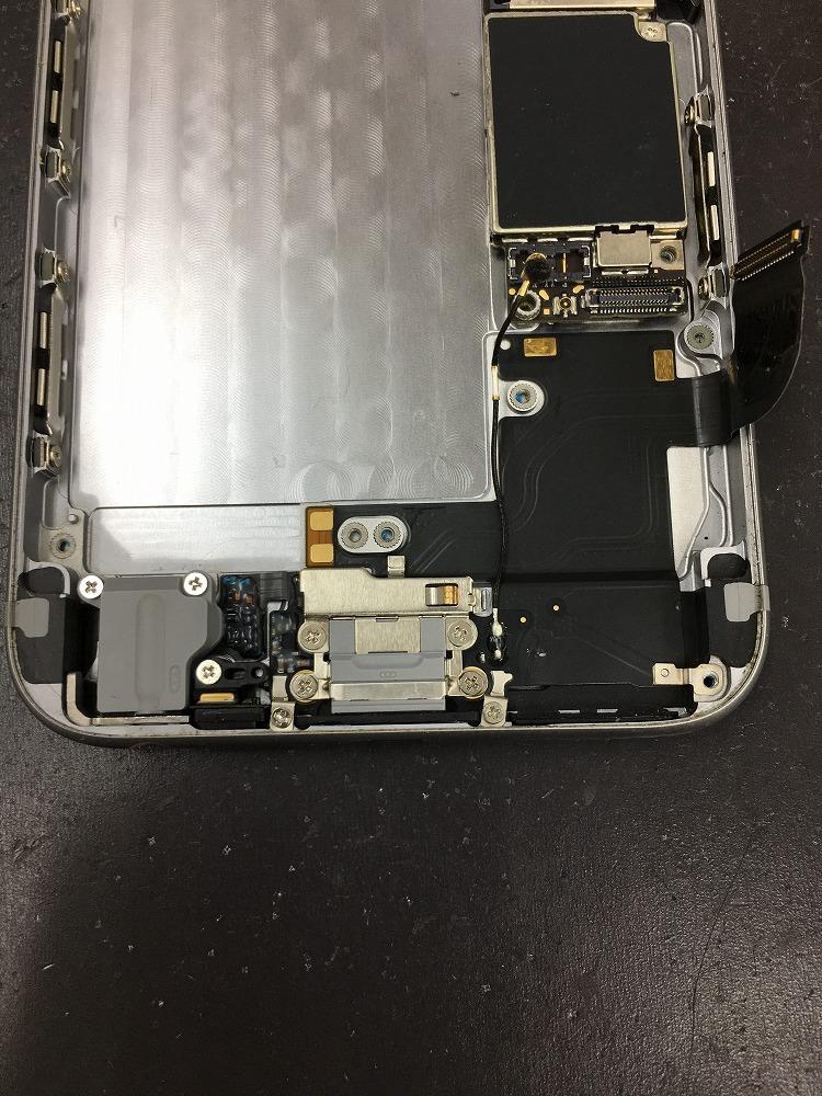 iPhone6ドックコネクタ交換