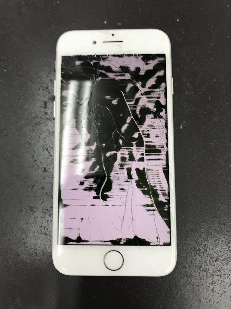 iPhone 液漏れ