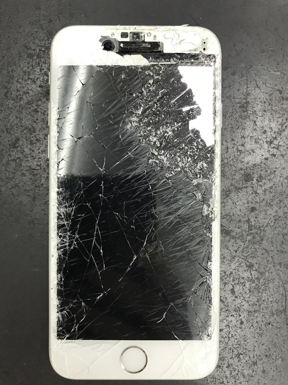 iPhone画面削れ修理画像修理前1