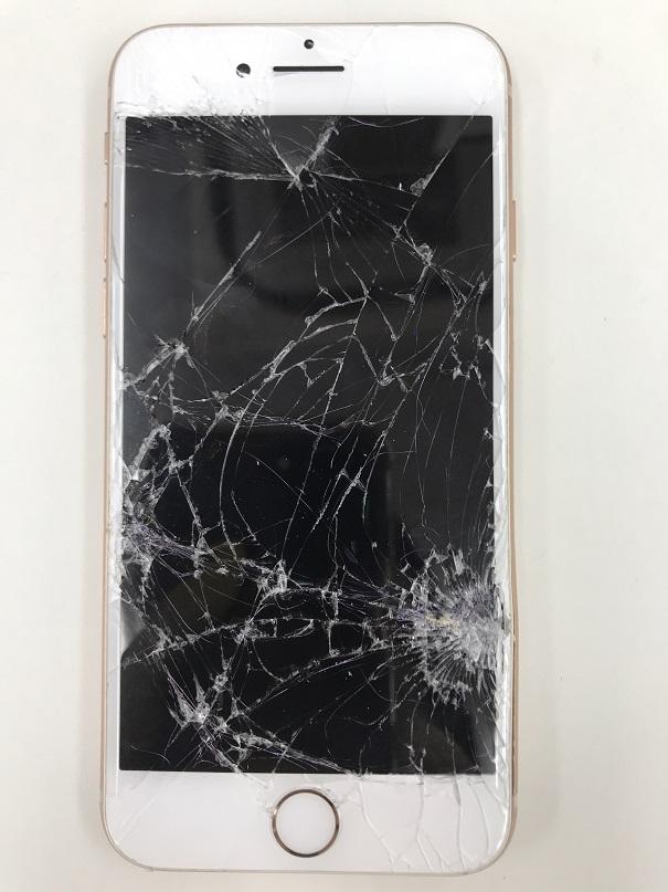iPhone8ガラス割れ液晶破損筐体歪み修理前