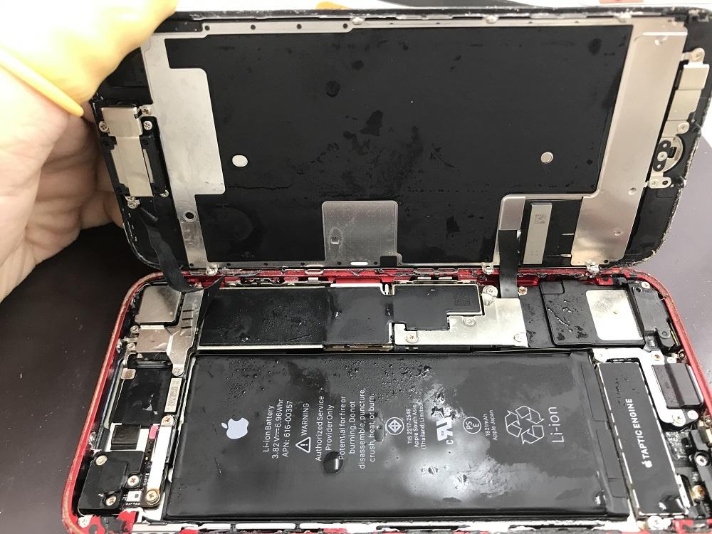 アイフォン8 水没復旧 画像3