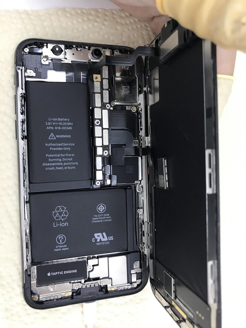 アイフォンX水没復旧作業 作業中2