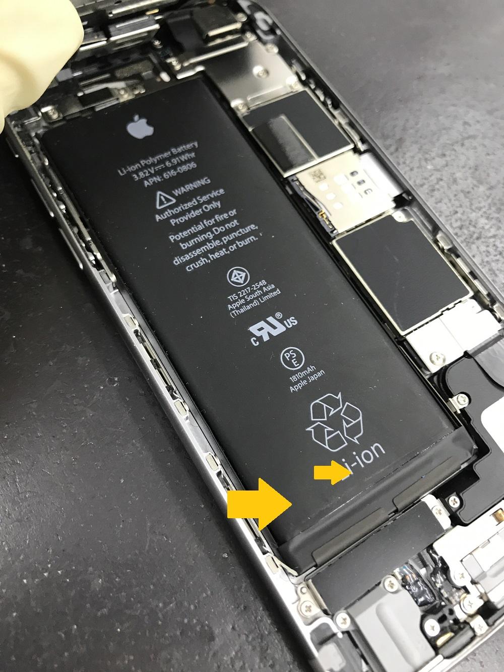 iPhone6バッテリー膨張 内部画像