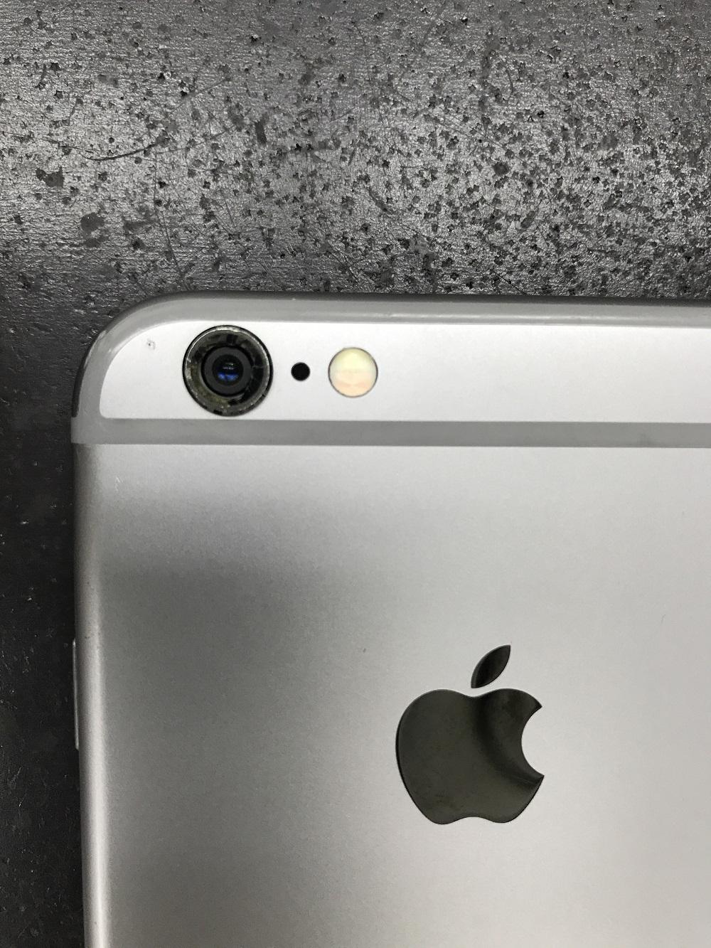 アイフォンアウトカメラ故障 クリーニング前1