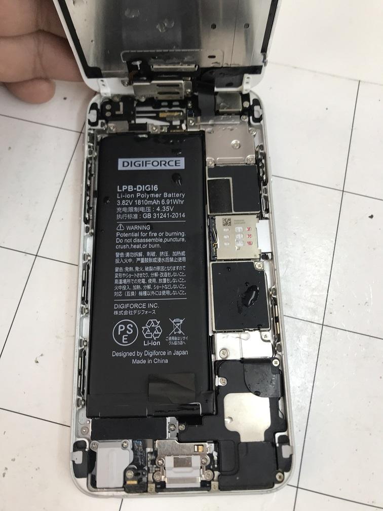 iPhone6水没写真①