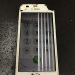 iPhoneSE驚きの現役続投です、壊れてしまっている方は直して使ってあげましょう!!