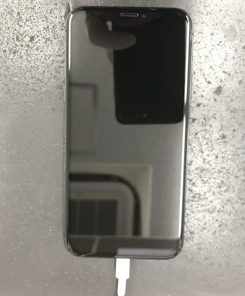 iPhoneXのガラス有機EL交換 交換後