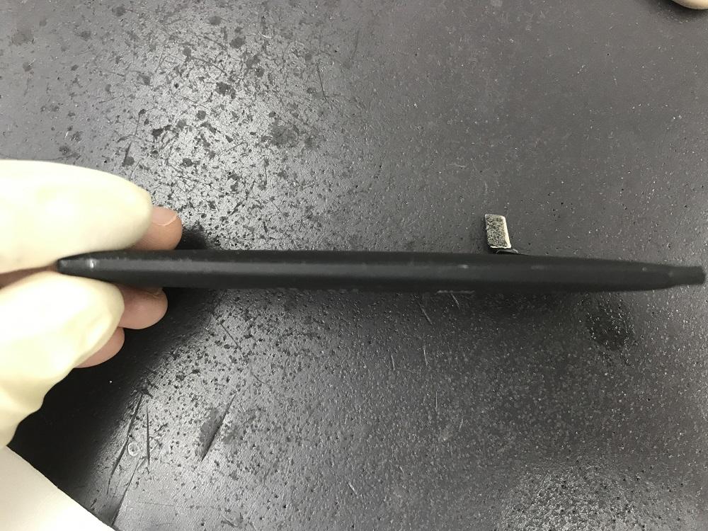 iphone6膨張バッテリー交換 最中2