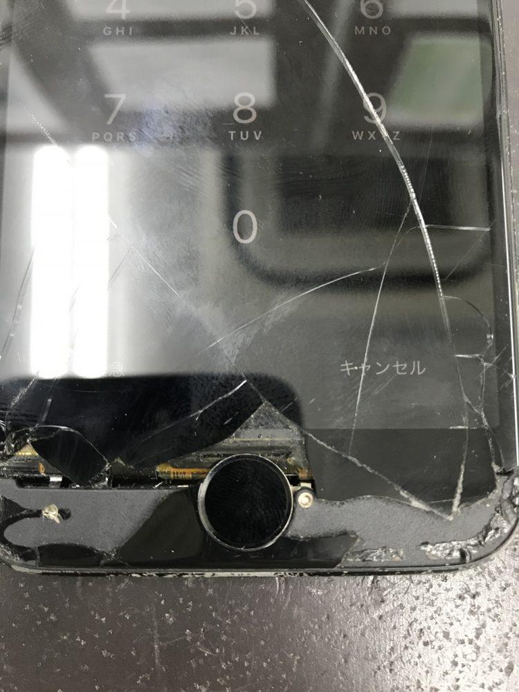iPhone7画面交換修理 修理前写真3
