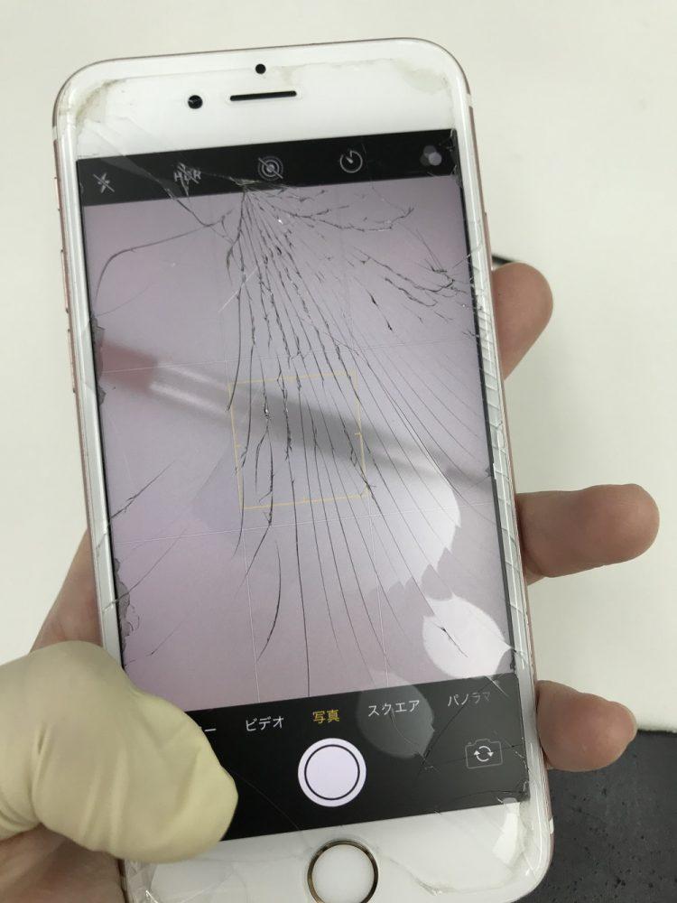 iPhone6s 画面割れ カメラ故障 修理前