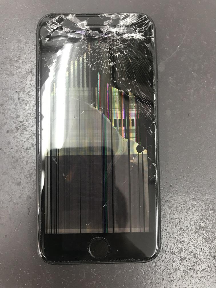 iPhone8 表示不良 ゴーストタッチ 修理前