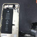 充電ができず起動しないiPhone7・・・Lightningコネクター交換で完全復活!