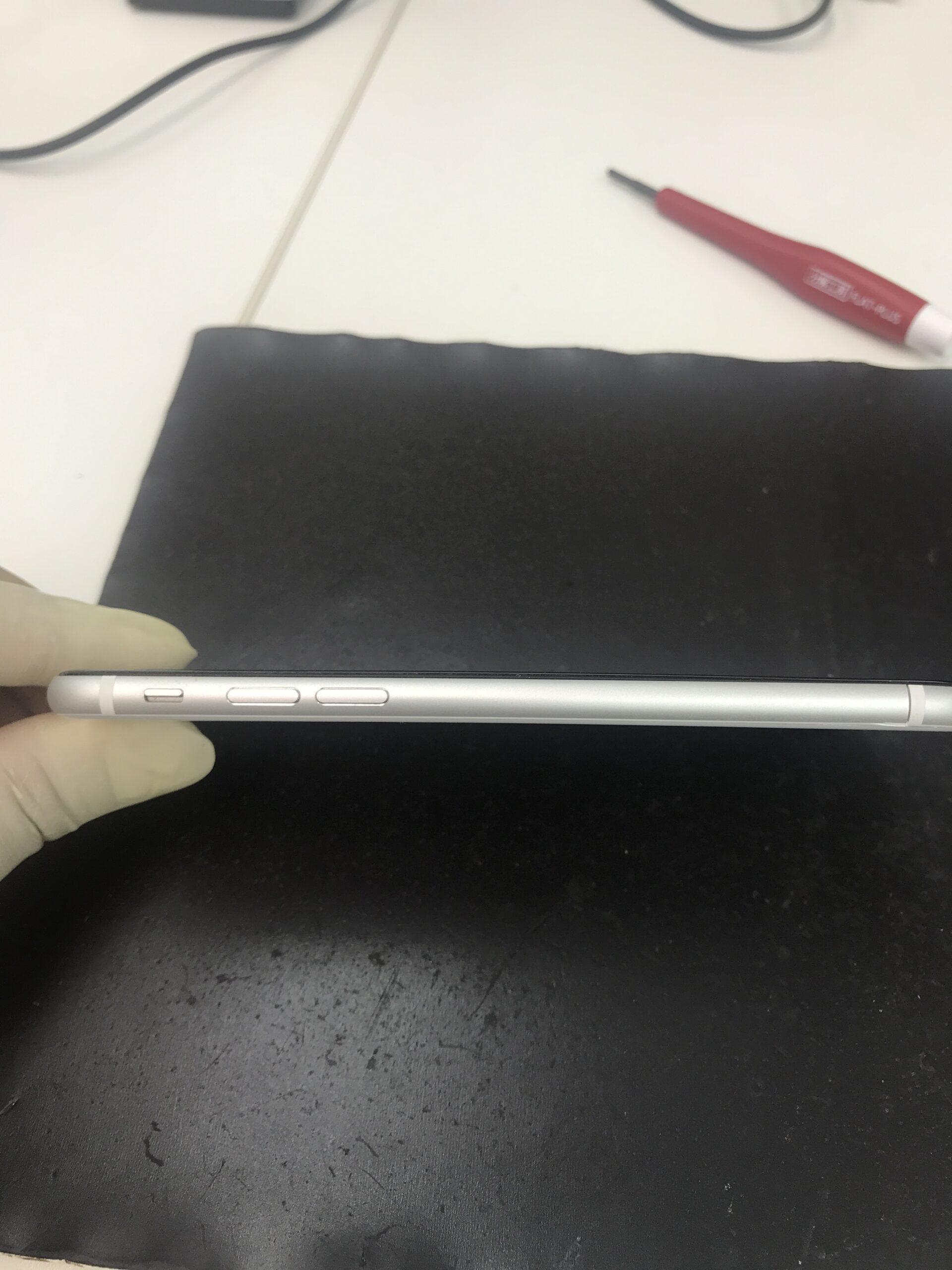 iPhone フレーム修正後 左側