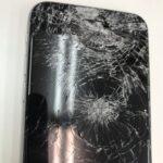 iPhone6のガラスが粉々バキバキに・・・画面も表示されないけど直るの?